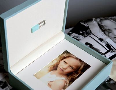 Combine digital files with matted prints in a folio box
