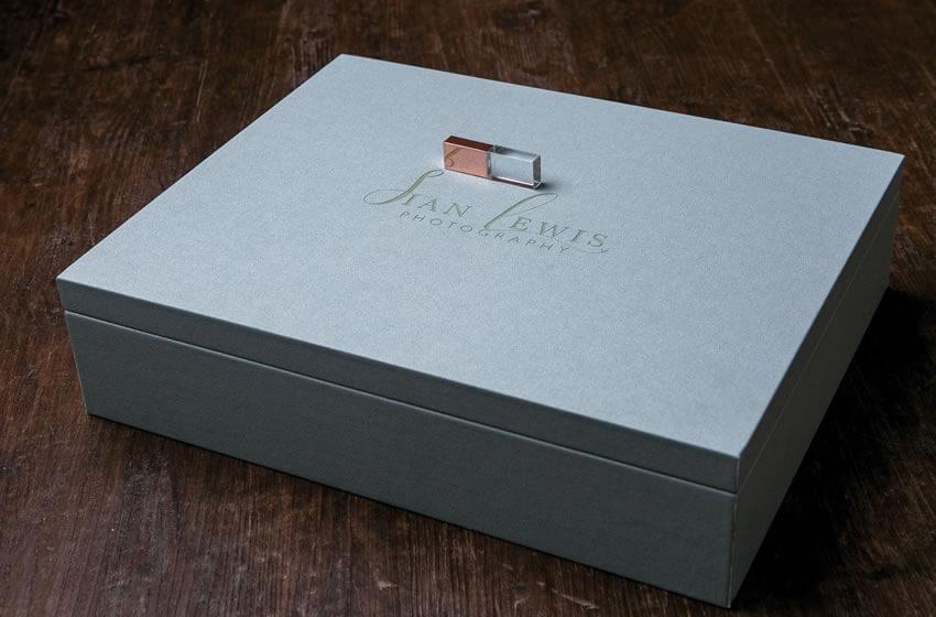 Premium Colors 11x14 Xl Folio Boxes With Usb Flash Drive