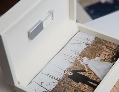 Ivory print and USB box