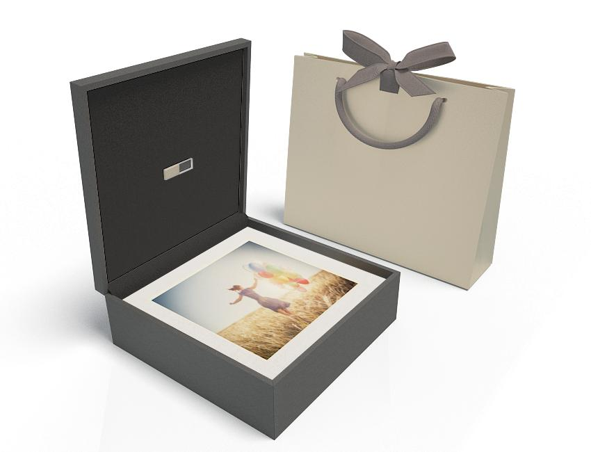 Premium Black Box 13x13 XL - Champagne USB, White Mats, Metallic Bag