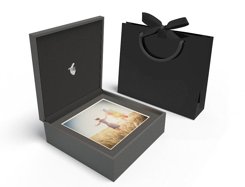 Premium Black Box 13x13 XL - Heart USB, Black Mats, Black Bag