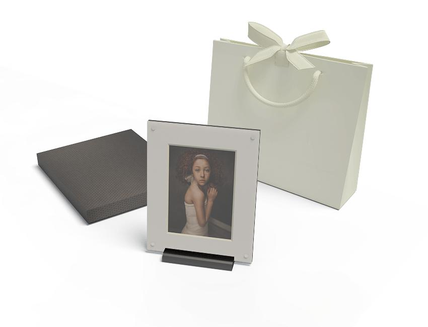 10x8 Folio Art Frame