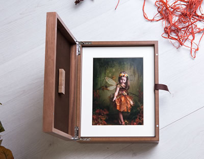 Luxury walnut folio box for photographers