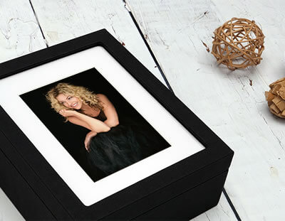 Premium Window Black Folio Box