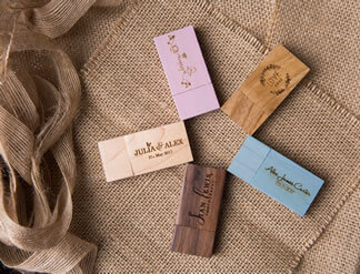 Natural wood USB flash drives