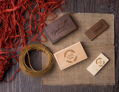 Wooden thumb drives for Photographers