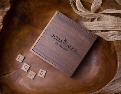 Laser Engraved Walnut USB flash drive Box